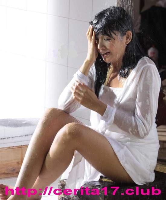 Soraya-larasati-mandi04.jpgoriginal